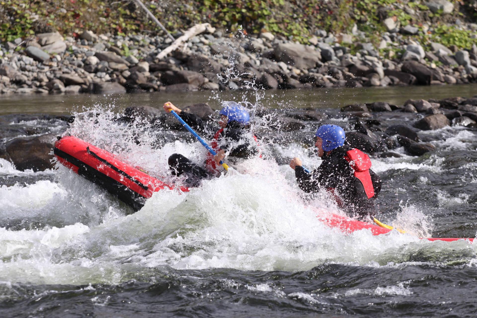 Ducky paddling i Tångböleströmmarna, Åre